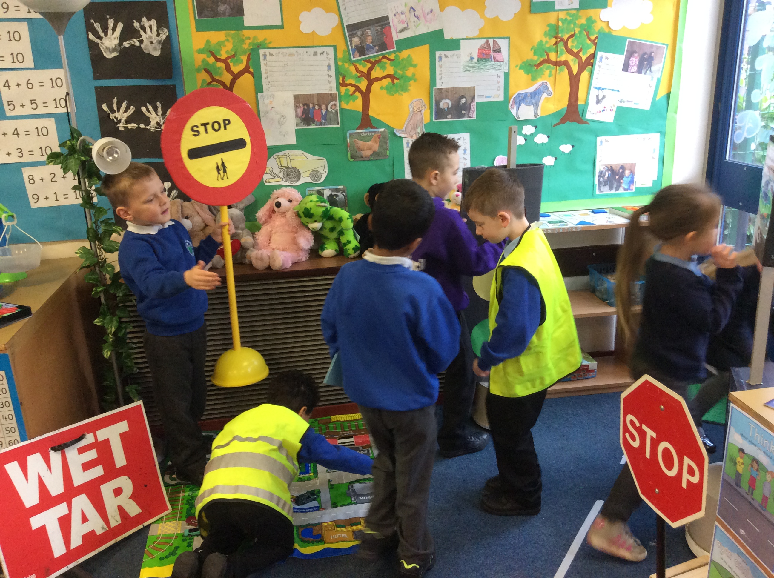 Road Safety Week in Y1B